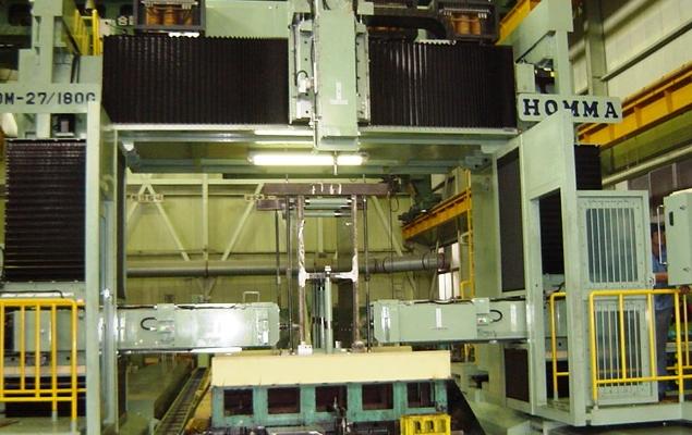 ガントリー型3軸 ドリルマシン